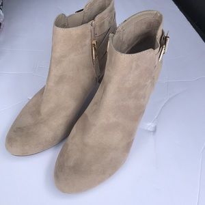 (Sam & Libby) bootie ankle boot Shoes
